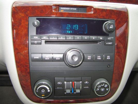 Full Size Car Radio