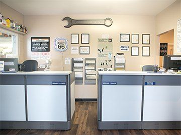Huber Auto Service Counter